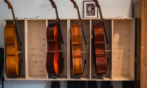 Prestiti tra privati da Magazzino musica a Milano