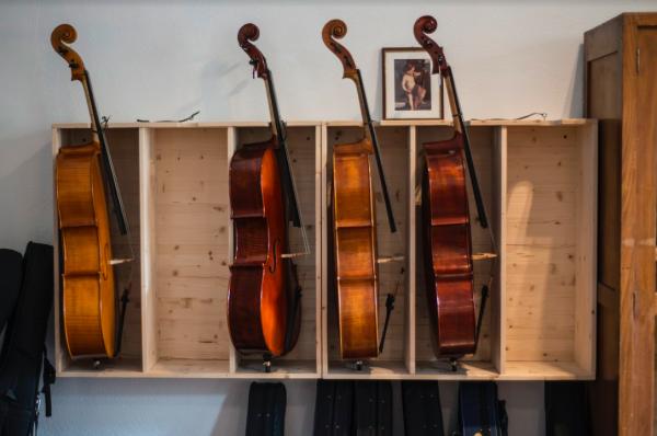 Prestiti tra privati per i violini di Magazzino Musica