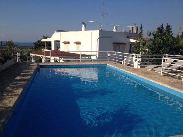 La piscina del retreat in Salento